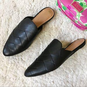 BIG BUDDHA:Pointed Black Vegan Woven Slip On Flats